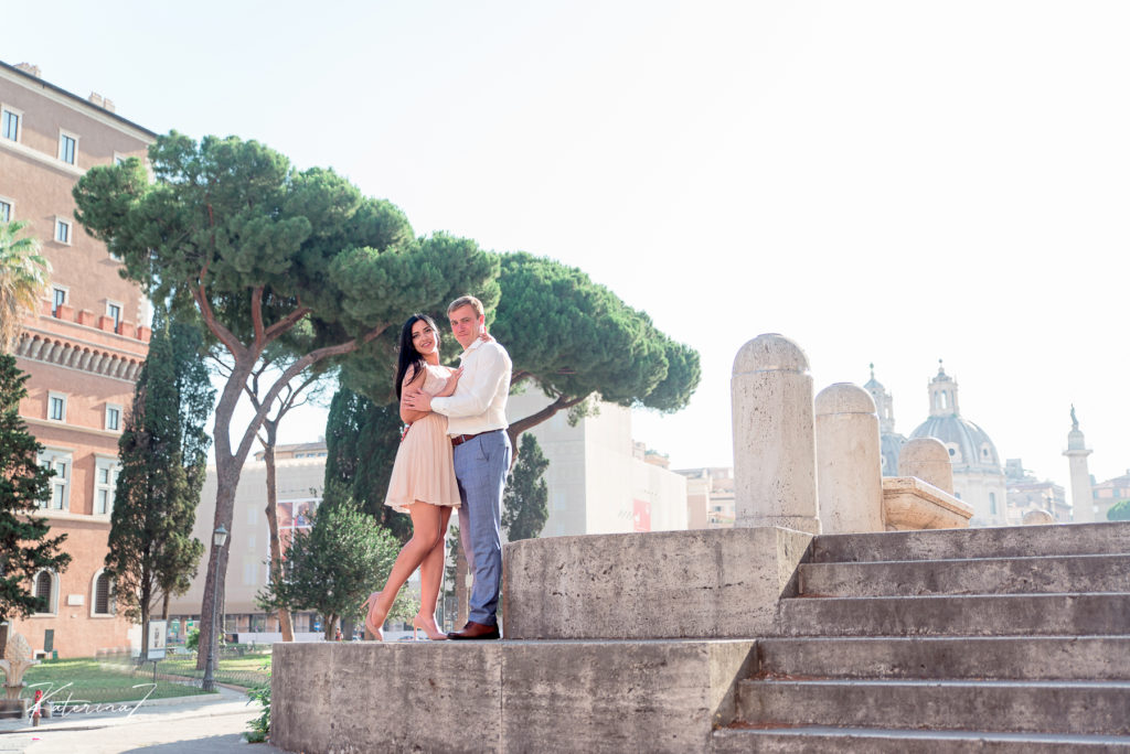 This image has an empty alt attribute; its file name is Post-wedding-photography-session-in-Rome-43-1024x684.jpg