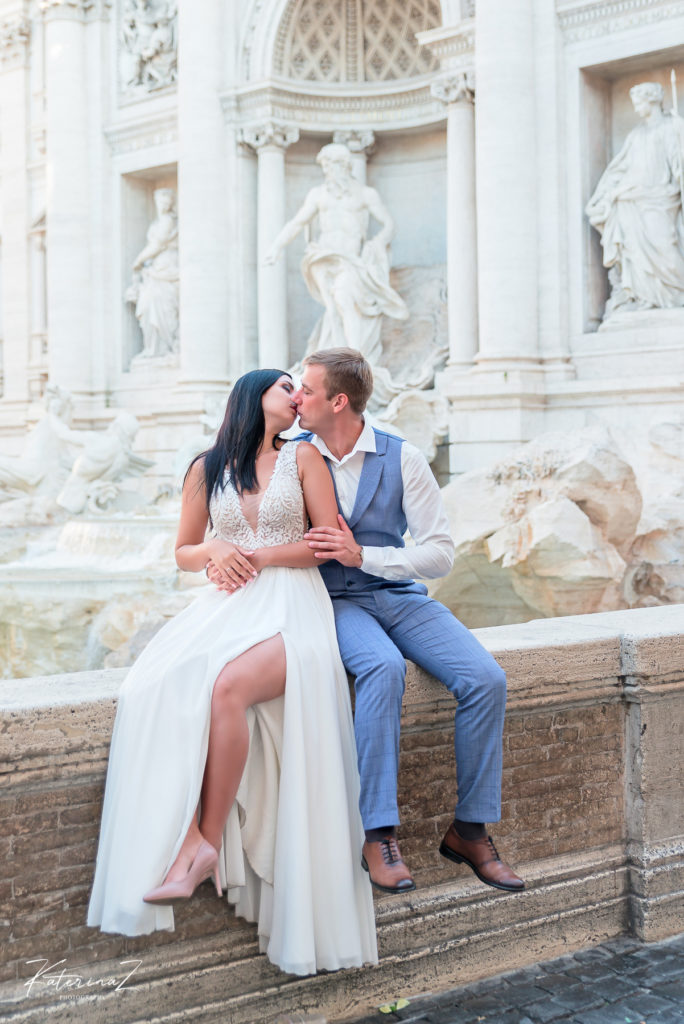 This image has an empty alt attribute; its file name is Post-wedding-photography-session-in-Rome-9-684x1024.jpg